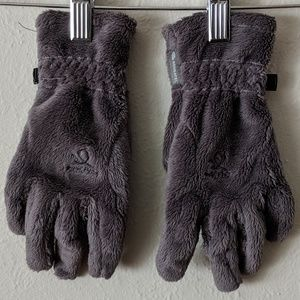 Gray Fuzzy Gloves Size Small by Head